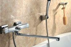 Смеситель для ванной с душем фото