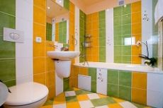 Варианты укладки плитки в ванную