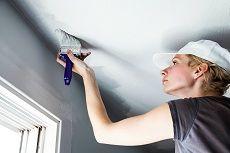Белим потолок фото