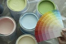 Краска для обоев под покраску – какую выбрать?