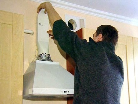 и монтаж вытяжки на кухне