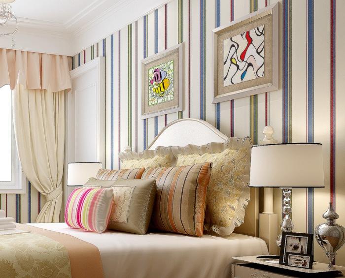 Как выбрать обои в спальню: советы дизайнеров