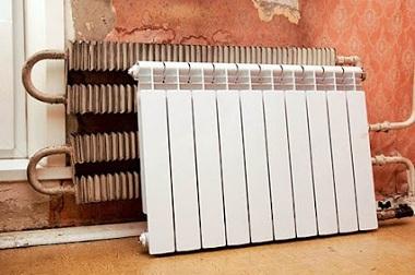 Радиатор отопления до ремонта или после ремонта