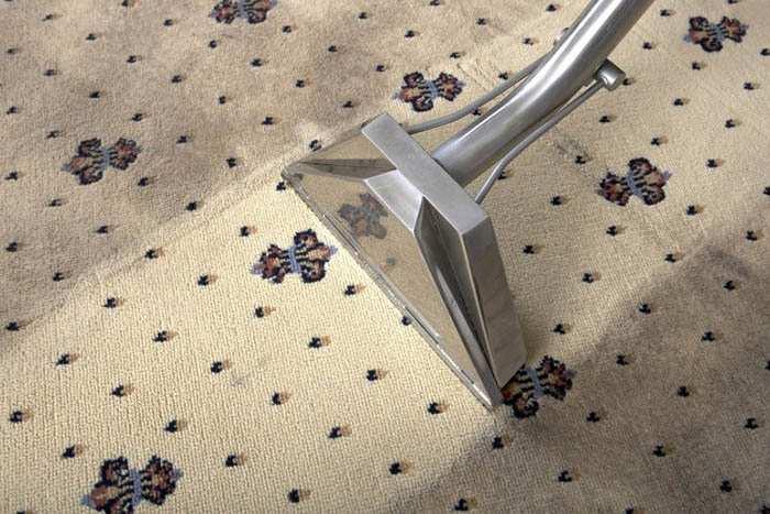 Как почистить ковролин с помощью пылесоса