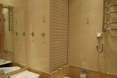 Как спрятать трубы в ванной фото