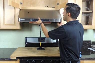 Как установить вытяжку на кухне своими руками фото