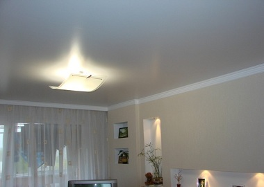 Натяжные потолки плюсы и минусы фото