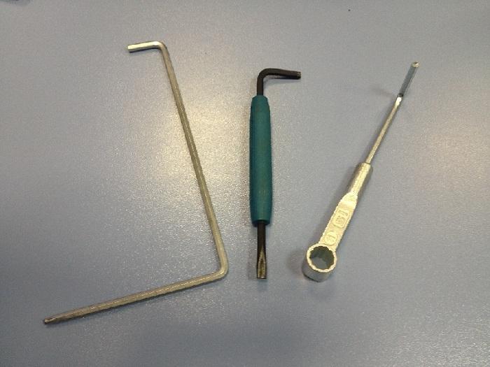 Инструменты для регулировки окон фото