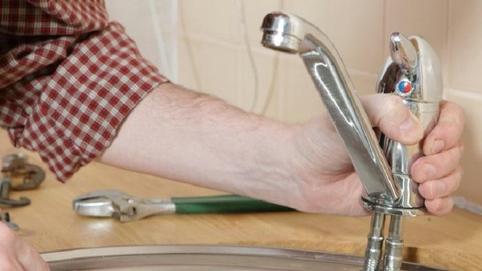 капает кран на кухне как починить фото гордо